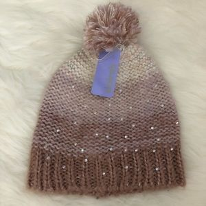 Super cute striped Pom beanie soft comfy knit nice